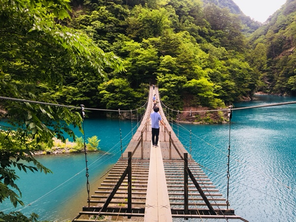 静岡県の人気観光地|寸又峡・夢の吊り橋